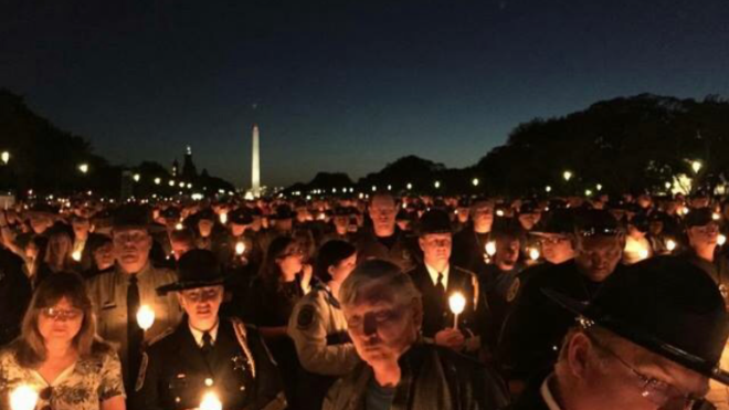 candle light at capital
